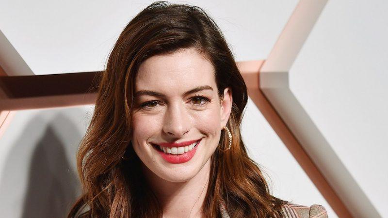 Anne Hathaway Hairstyles